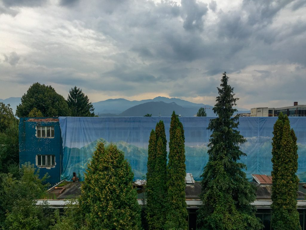 stormy-clouds-over-brasov